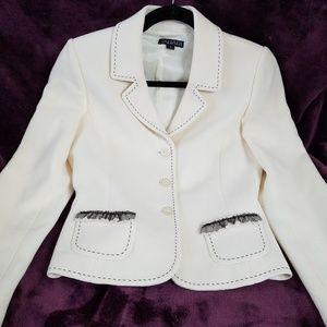 Tahari Jackets & Coats - Tahari ivory virgin wool blazer jacket size 2